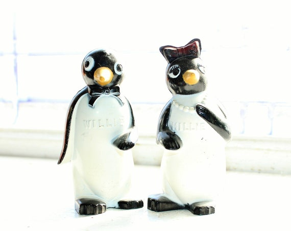 Vintage Salt and Pepper Shakers Millie and Willie Penguins