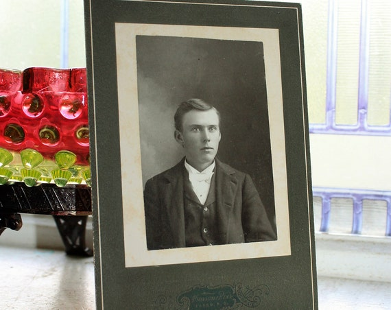 1800s Photograph Cabinet Card of a Handsome Young Victorian Man