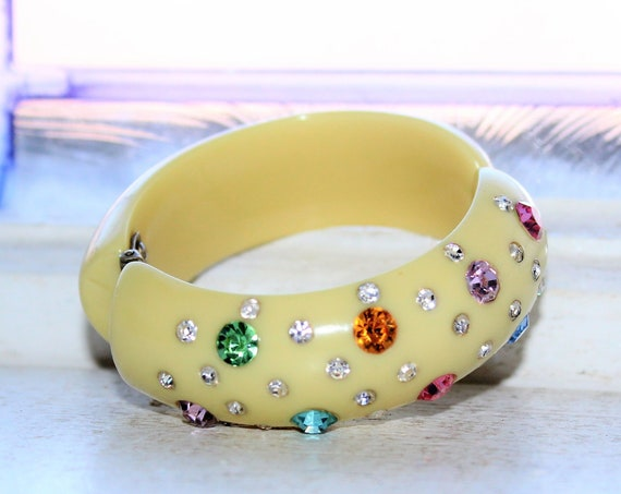Bakelite Chunky Bracelet Butter Yellow with Rhinestones Vintage 1930s