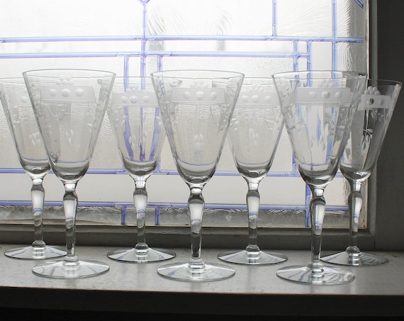 7 Art Deco Etched Glass Wine Glasses Vintage 1930s