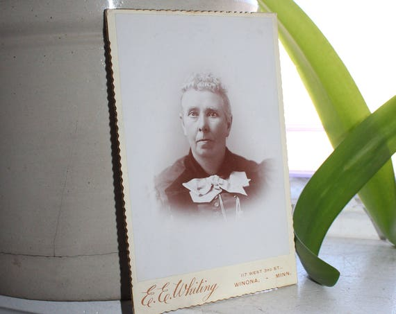 Vintage Cabinet Card Photograph 1800s Victorian Woman