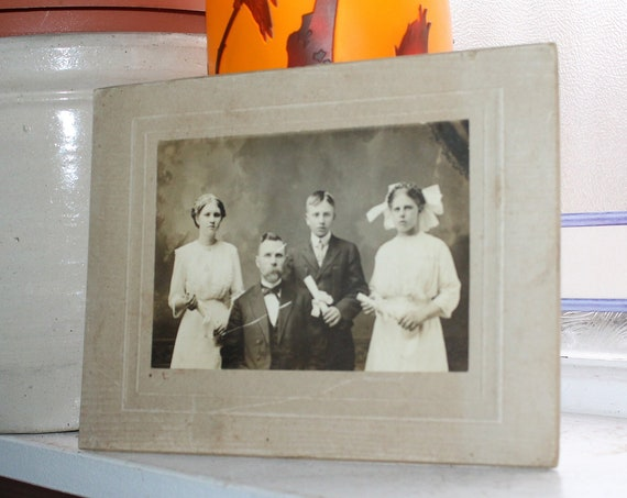 Antique Cabinet Card Photograph Victorian Family