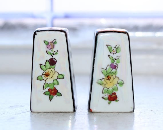 Art Deco Salt & Pepper Shakers Vintage Lusterware