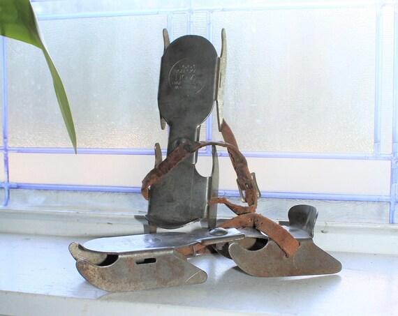 Antique Strap On Ice Skates Hove Bob-Skate