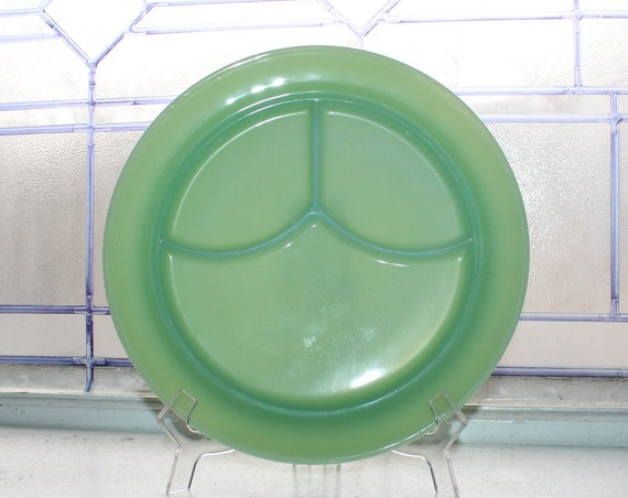 Vintage Jadite Grill Plate Fire King Anchor Hocking 1940s
