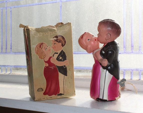 1930s Celluloid Dancing Couple Vintage Wind Up Toy