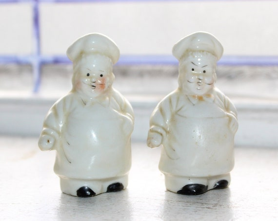 Vintage Salt and Pepper Shakers Chefs