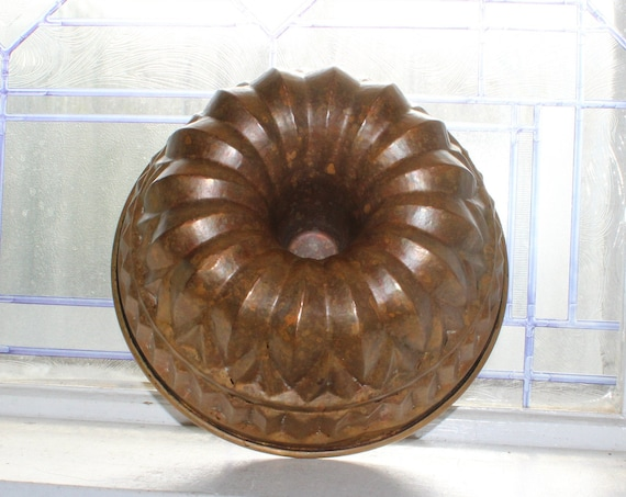 Antique Copper Bundt Pan Early 1900s