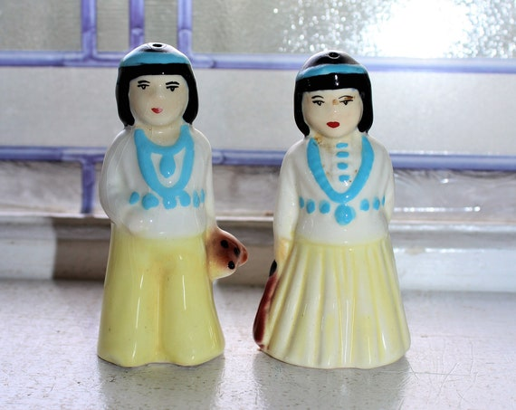 Vintage Salt and Pepper Shakers Indians 1950s