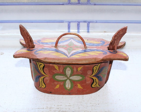Antique Scandinavian Tine Box Folk Art Rosemaled Bentwood