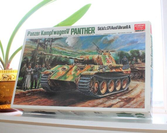 Vintage Model Tank Academy Minicraft Panzer Kampfwagen V Panther Motorized