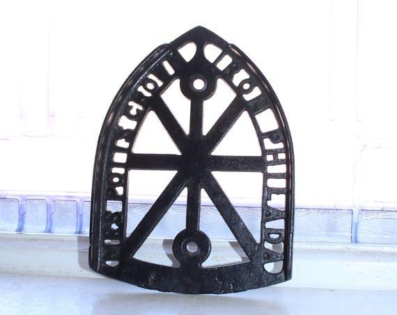 Antique Cast Iron Trivet Mrs Potts Crown Iron Philadelphia