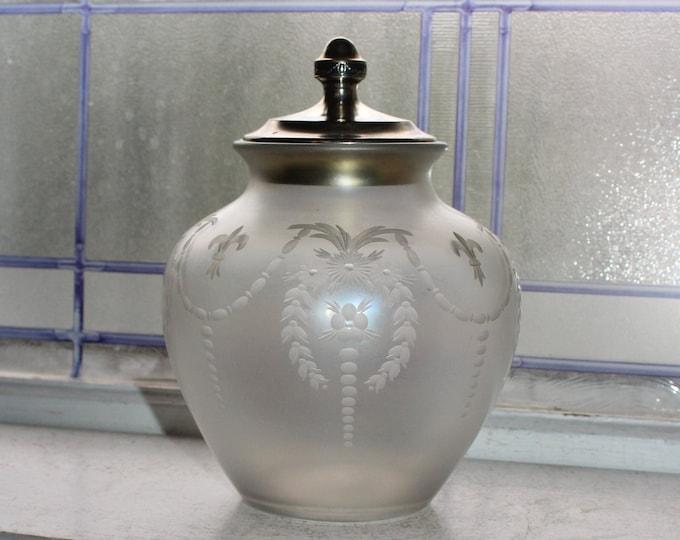 Antique Steuben Glass Verre De Soie Vase Covered Jar