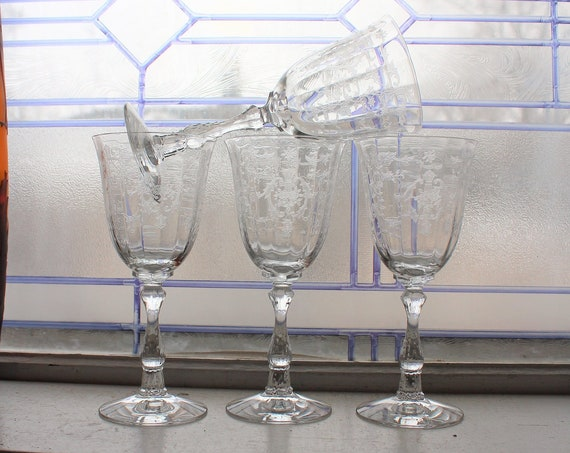 "4 Fostoria Navarre Water Goblets Wine Glasses Vintage 7 3/4"" Stemware"
