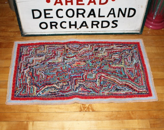 Vintage Hooked Rug Rustic Farmhouse Decor 1940s Abstract Pattern