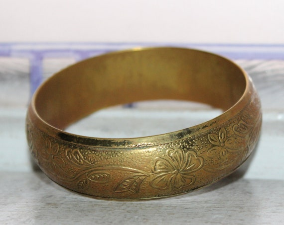Antique Art Nouveau Brass Bangle Bracelet