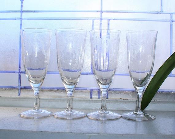 4 Vintage Etched Champagne Glasses
