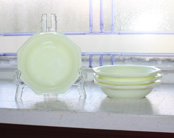 4 Vintage Akro Agate White Bowls Childrens Dishes 1940s