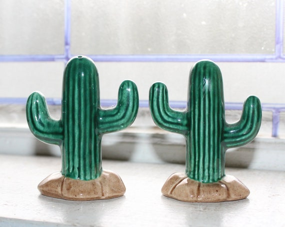 Vintage Salt and Pepper Shakers Cactus