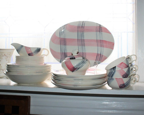 Mid Century Dinnerware Svc for 6 & Extras Stetson Scots Clan Pink Gray