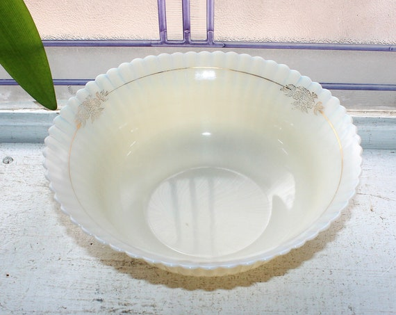 Petalware Serving Bowl with Gold Trim Cremax Vintage 1930s Glass