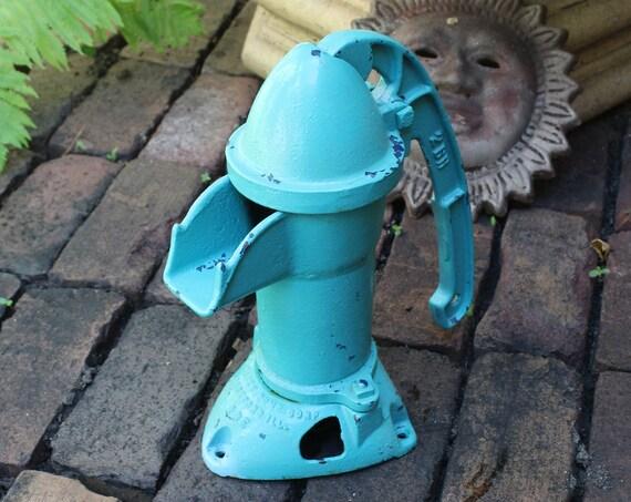 Antique Water Pump Cast Iron Davey Cistern Pump Rustic Farmhouse Decor