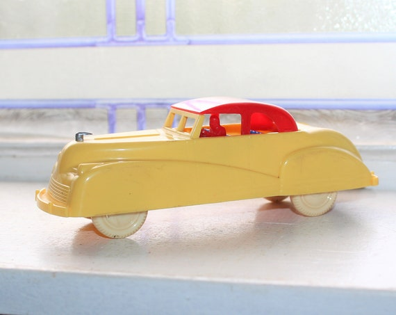 Vintage Renwal Car Convertible Dollhouse Furniture No. 39