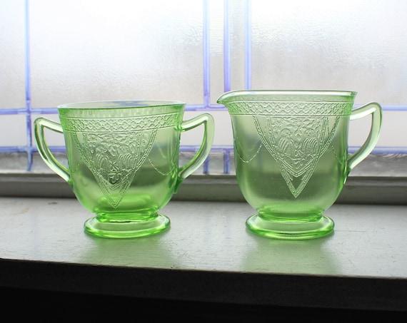 Green Depression Glass Sugar and Creamer Georgian Lovebird 1930s