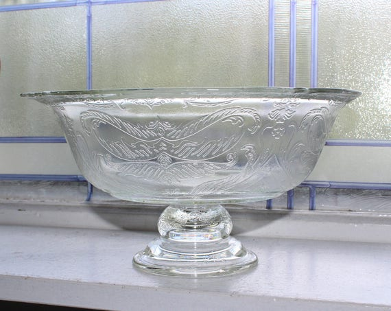 Pedestal Bowl Vintage Madrid Recollections Depression Glass