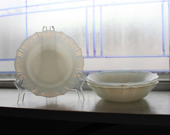 4 American Sweetheart Depression Glass Cereal Bowls Monax