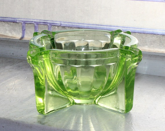 Fry Glass Art Deco Green Uranium Depression Glass Ashtray