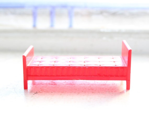 Dollhouse Furniture Allied Red Bed Vintage 1950s