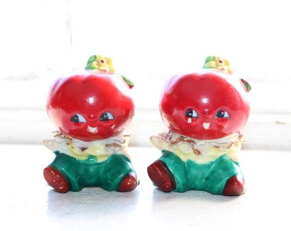 Vintage Anthropomorphic Tomatoes Salt and Pepper Shaker 1950s Kitsch