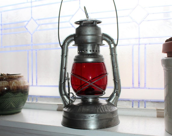Vintage Kerosene Lantern Dietz Little Wizard Red Globe St Paul Water Dept