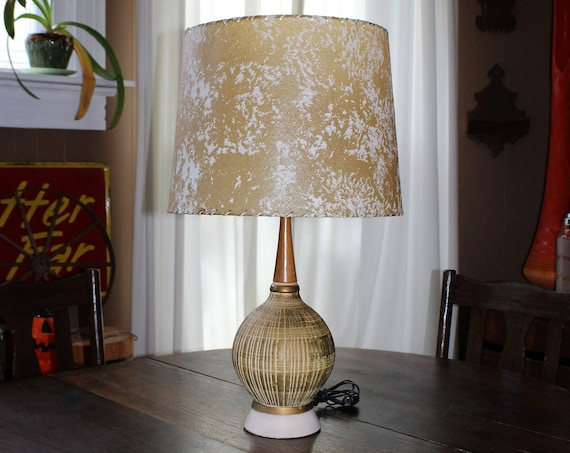 Vintage Mid Century Table Lamp Basket Weave and Teak Wood 1950s