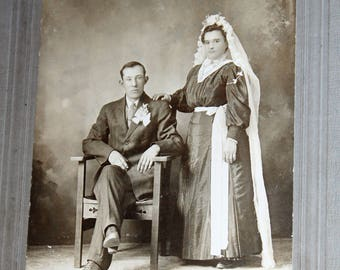 Antique Photograph 1800s Victorian Bride and Groom Cabinet Card 9 x 6