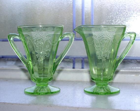 Green Depression Glass Creamer & Sugar Bowl Cameo Ballerina Vintage 1930s