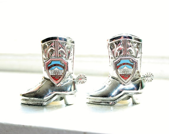 Salt Pepper Shakers Vintage Cowboy Boots The Alamo Texas Souvenir
