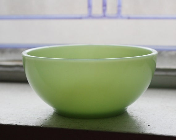 Vintage Jadite Cereal Bowl Fire King 5 Inch Green Glass Chili Bowl