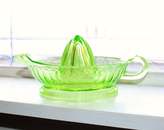 Vintage Juicer Reamer Green Depression Glass 1930s Farmhouse Decor