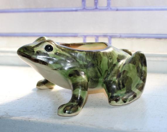 Vintage Brush McCoy Pottery Frog Toad Planter