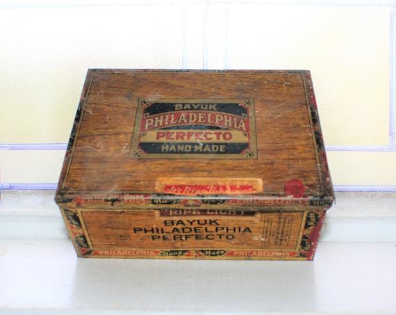 Vintage Tobacco Tin Bayuk Philadelphia Perfecto Cigars