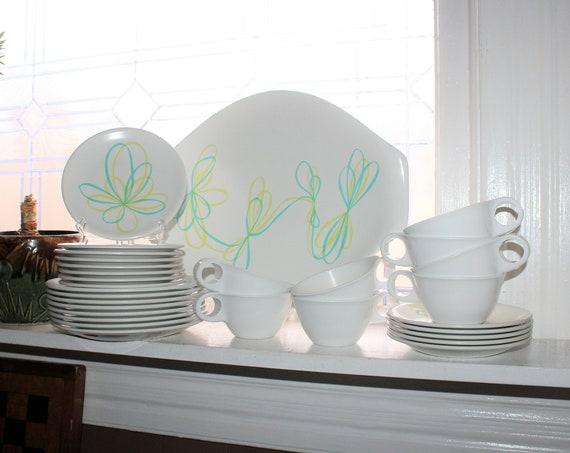 Vintage Mid Century Russel Wright Melmac Gaytime Dinnerware Set