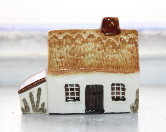 Suffolk Cottages Figurine #18 Mudlen End Made in England