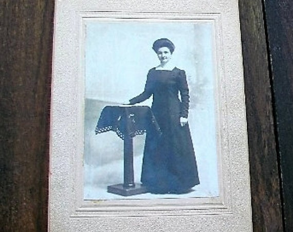 Vintage Photograph Edwardian Woman 9 x 6