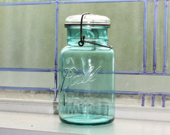 Blue Ball Ideal Mason Jar Quart Vintage 1923 to 1933 Glass Lid