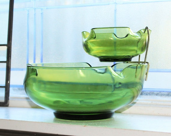Retro Chip and Dip Green Glass Bowl Set Vintage 1970s