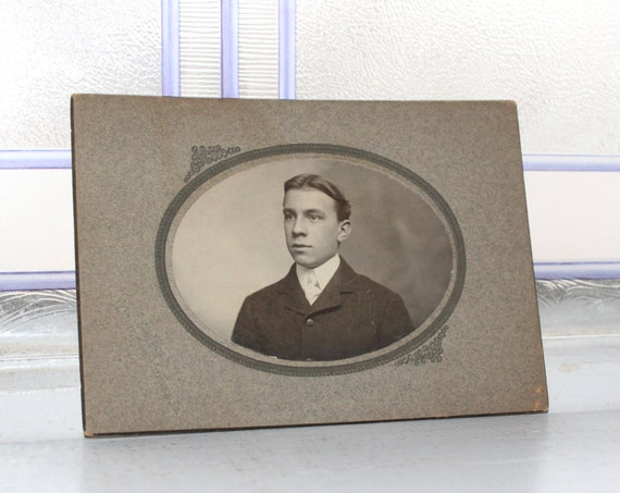 Edwardian Man Cabinet Card Photograph Antique 1800s