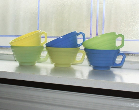 6 Vintage Moderntone Coffee Cups Platonite 1940s Depression Glass Blue Green Yellow