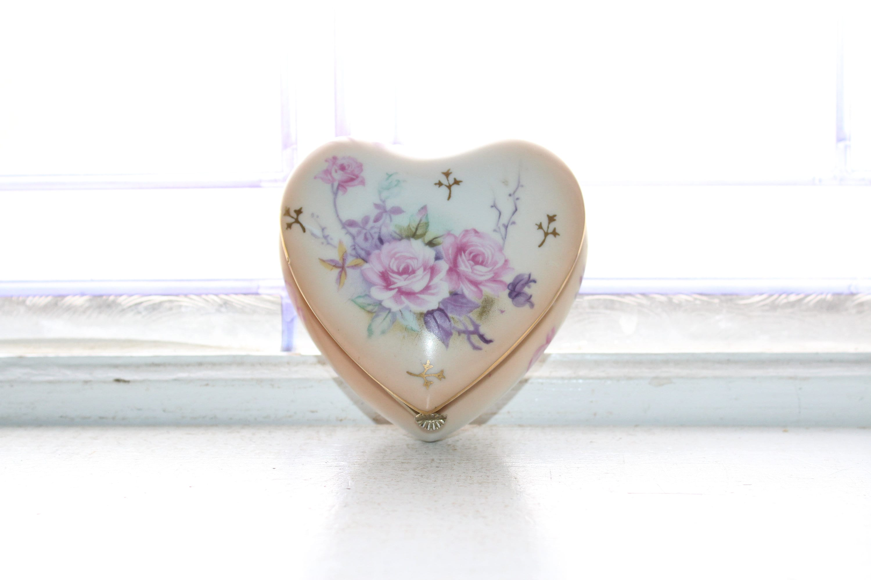 Vintage Porcelain Jewelry Box Heart Shaped Lefton